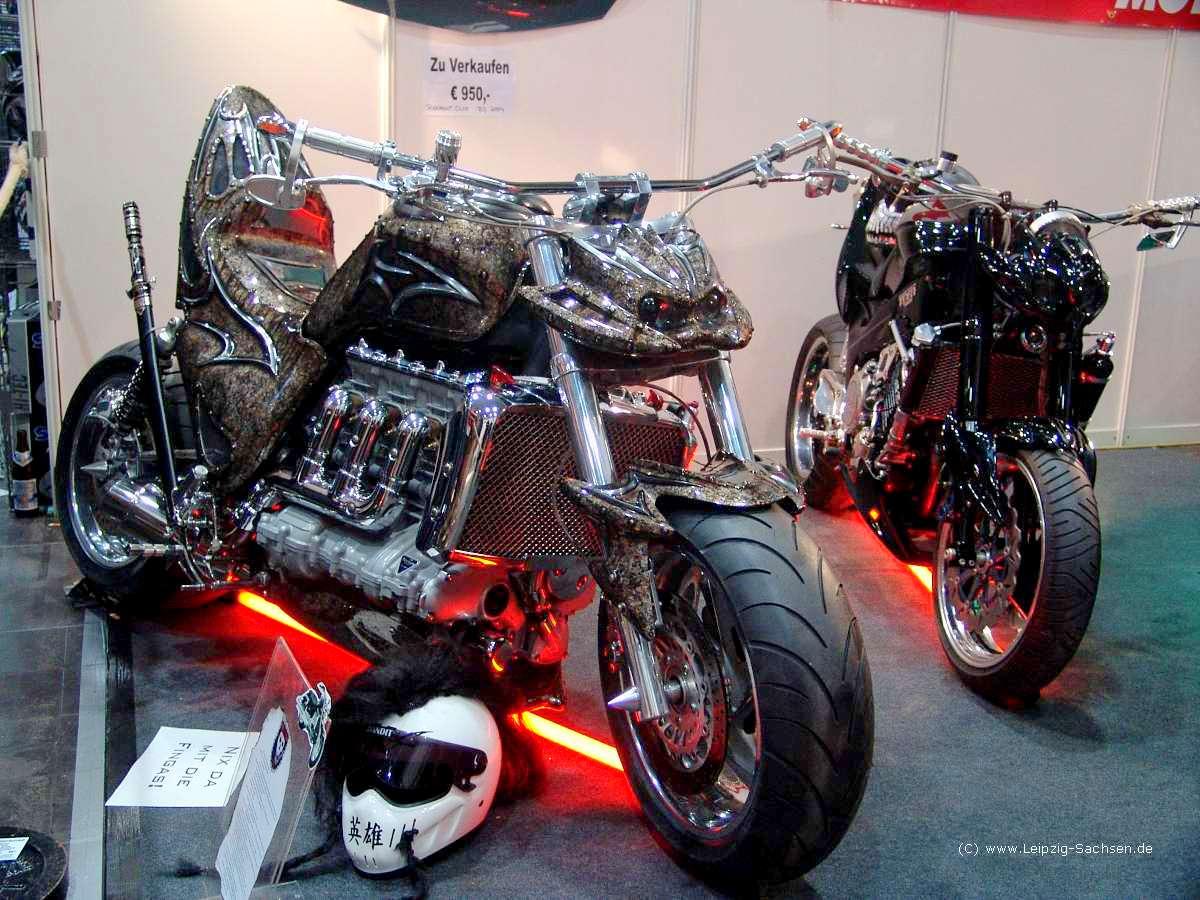 Motos y mujeres resolución HD: Suzuki Hayabusa